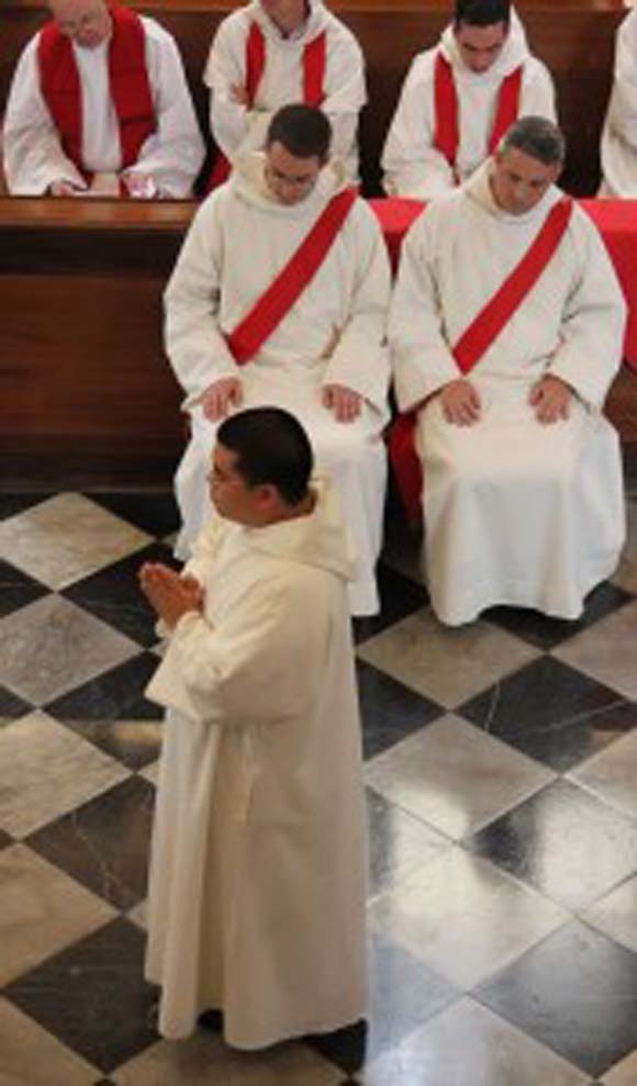 A – Z of the Mass: Vestments